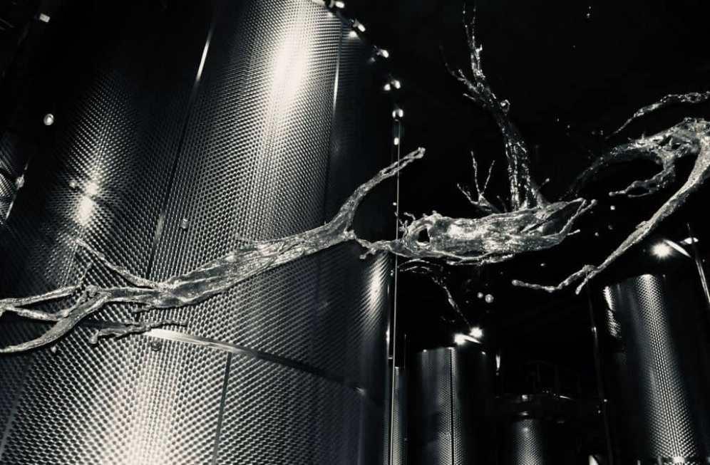 Zheng Lu, Water in dripping